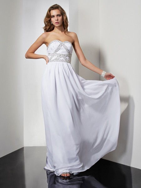 Sheath/Column Strapless Beading Dress with Chiffon