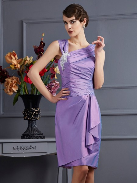 Sheath/Column Applique Short Taffeta Bridesmaid Dress