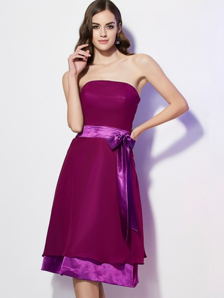 A-Line/Princess Strapless Bowknot Short Chiffon Bridesmaid Dress