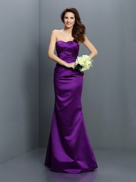 Trumpet/Mermaid Strapless Pleats Long Satin Bridesmaid Dress