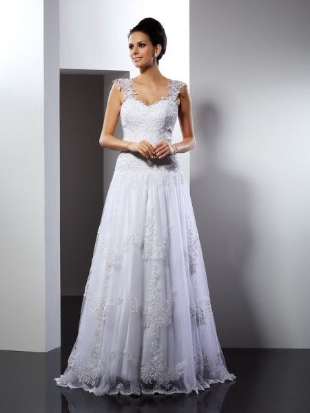 A-Line/Princess Straps Applique Long Lace Wedding Dress