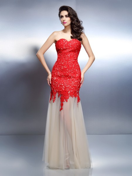 A-Line/Princess Sweetheart Applique Long Net Dress
