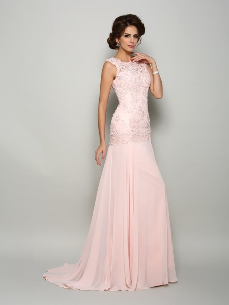 Trumpet/Mermaid Scoop Beading Mother of the Bride Dress with Long Chiffon
