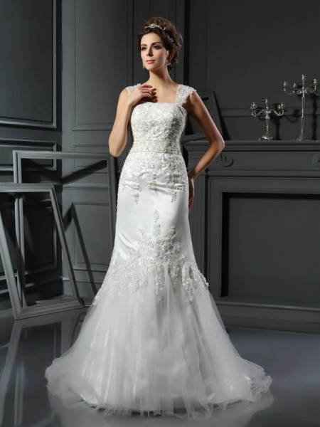 Trumpet/Mermaid Straps Applique Long Satin Wedding Dress