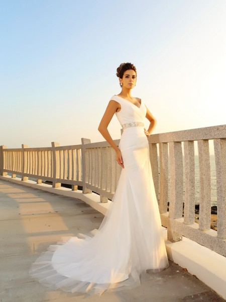 Sheath/Column V-neck Pleats Long Net Beach Wedding Dress