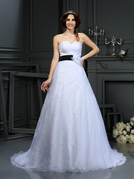 A-Line/Princess Sweetheart Sash/Ribbon/Belt Long Satin Wedding Dress