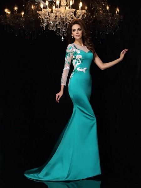 Trumpet/Mermaid Scoop Beading Long Satin Dress
