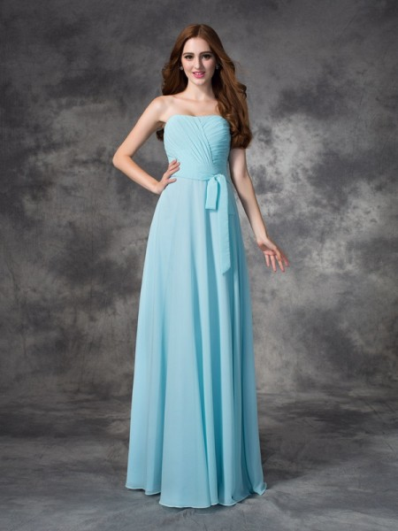 A-line/Princess Strapless Ruched Chiffon Bridesmaid Dress