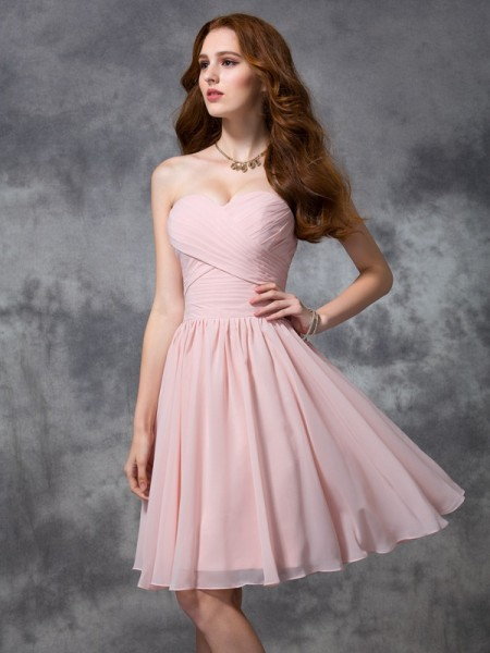 A-line/Princess Sweetheart Ruched Short Chiffon Bridesmaid Dress