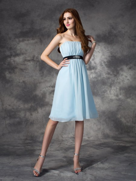 A-line/Princess Strapless Rhinestone Short Chiffon Bridesmaid Dress
