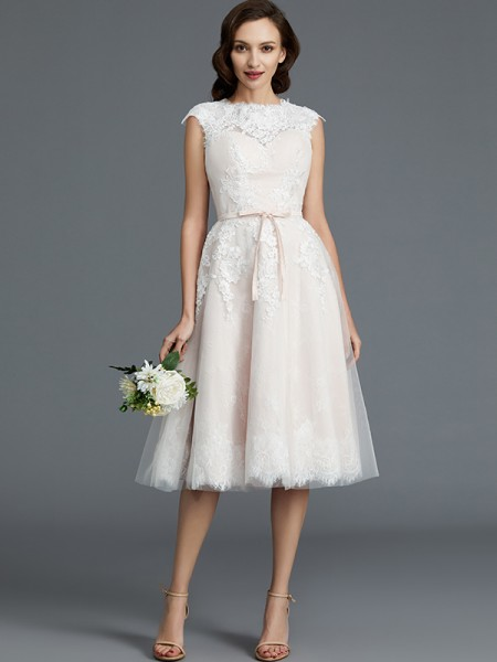 A-Line/Princess Sleeveless Bateau Knee-Length Tulle Wedding Dress