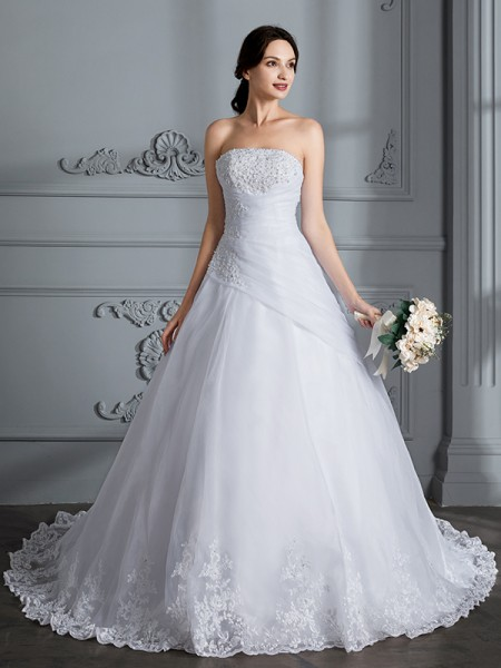 Ball Gown Strapless Sleeveless Court Train Organza Wedding Dress