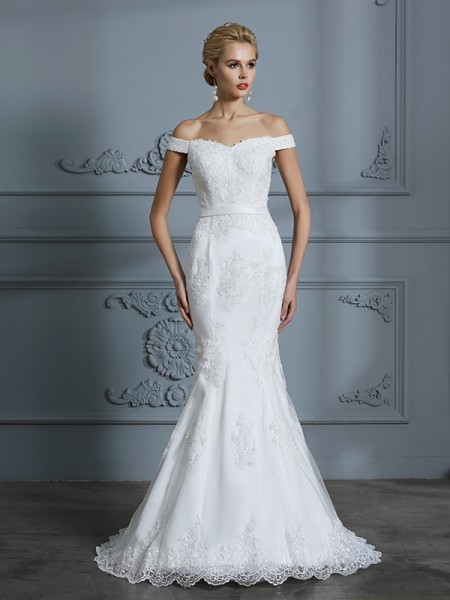 Trumpet/Mermaid Off-the-Shoulder Sleeveless Lace Sweep/Brush Train Tulle Wedding Dress