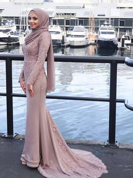Trumpet/Mermaid Long Sleeves Sweep/Brush Train Silk like Satin Muslim Dress