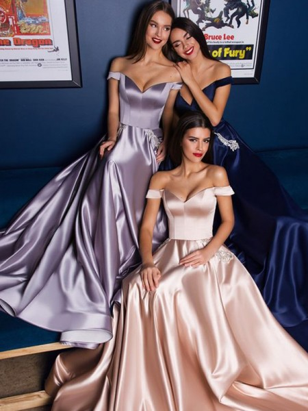 A-Line/Princess Satin Off-the-Shoulder Sleeveless Sweep/Brush Train Dress