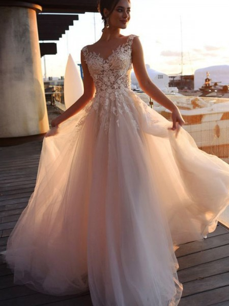 A-Line/Princess Bateau Applique Short Sleeves Sweep/Brush Train Tulle Wedding Dress