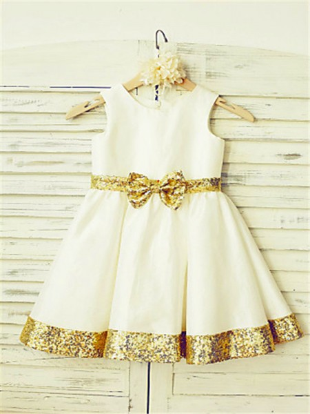 A-line/Princess Scoop Sequin Tea-Length Satin Flower Girl Dress