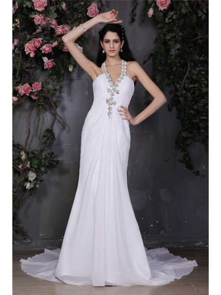 Sheath/Column Halter Ruffles Chiffon Wedding Dress