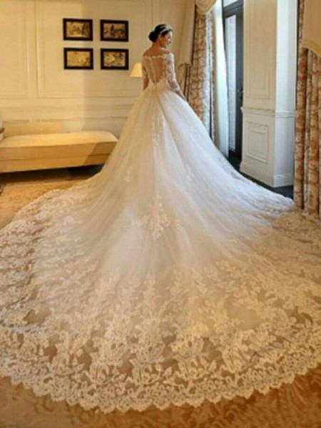 Ball Gown Cathedral Train 3/4 Sleeves Beading Applique Tulle Wedding Dress