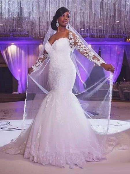 Trumpet/Mermaid Long Sleeves Sweetheart Sweep/Brush Train Applique Tulle Wedding Dress